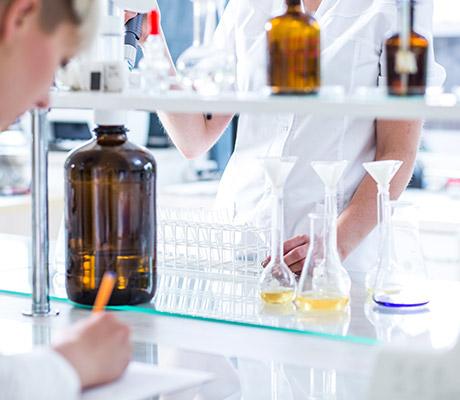 APPRENTI TECHNICIEN BIOLOGISTE/BIOCHIMISTE ANALYSE
